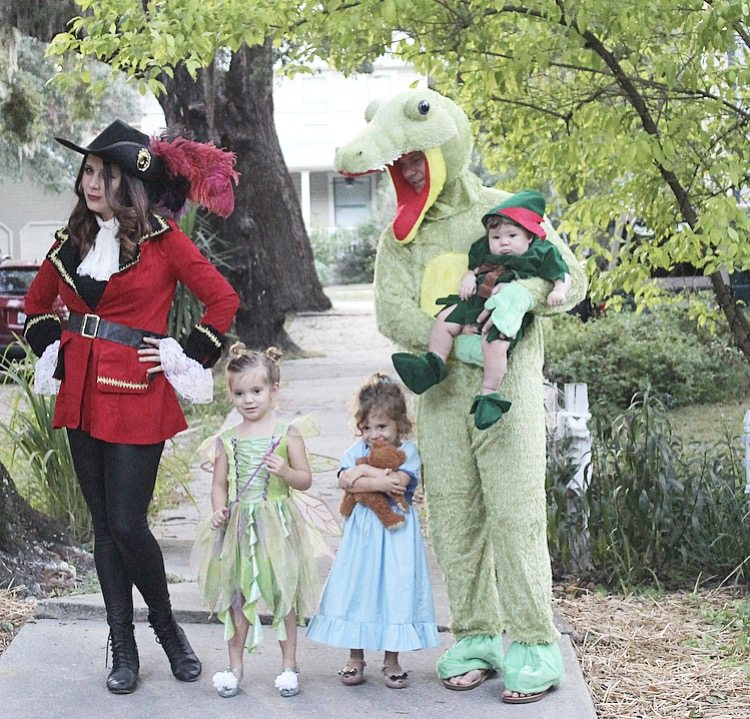 family peter pan halloween costume
