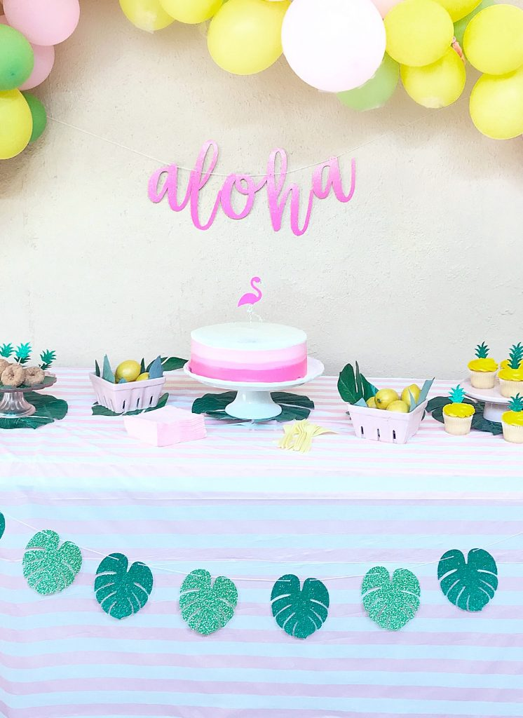 luau party cake table