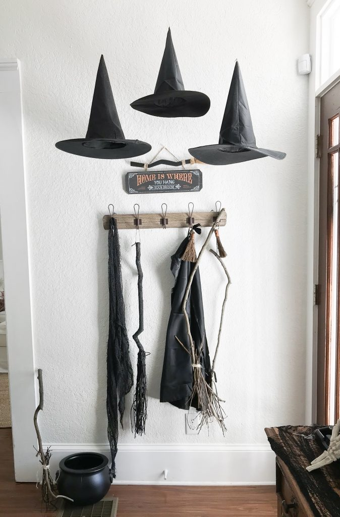 DIY floating witch hats #halloweendecor
