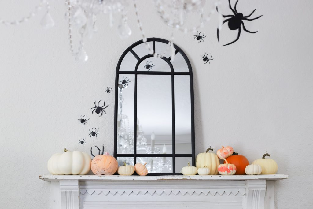 simple halloween mantle
