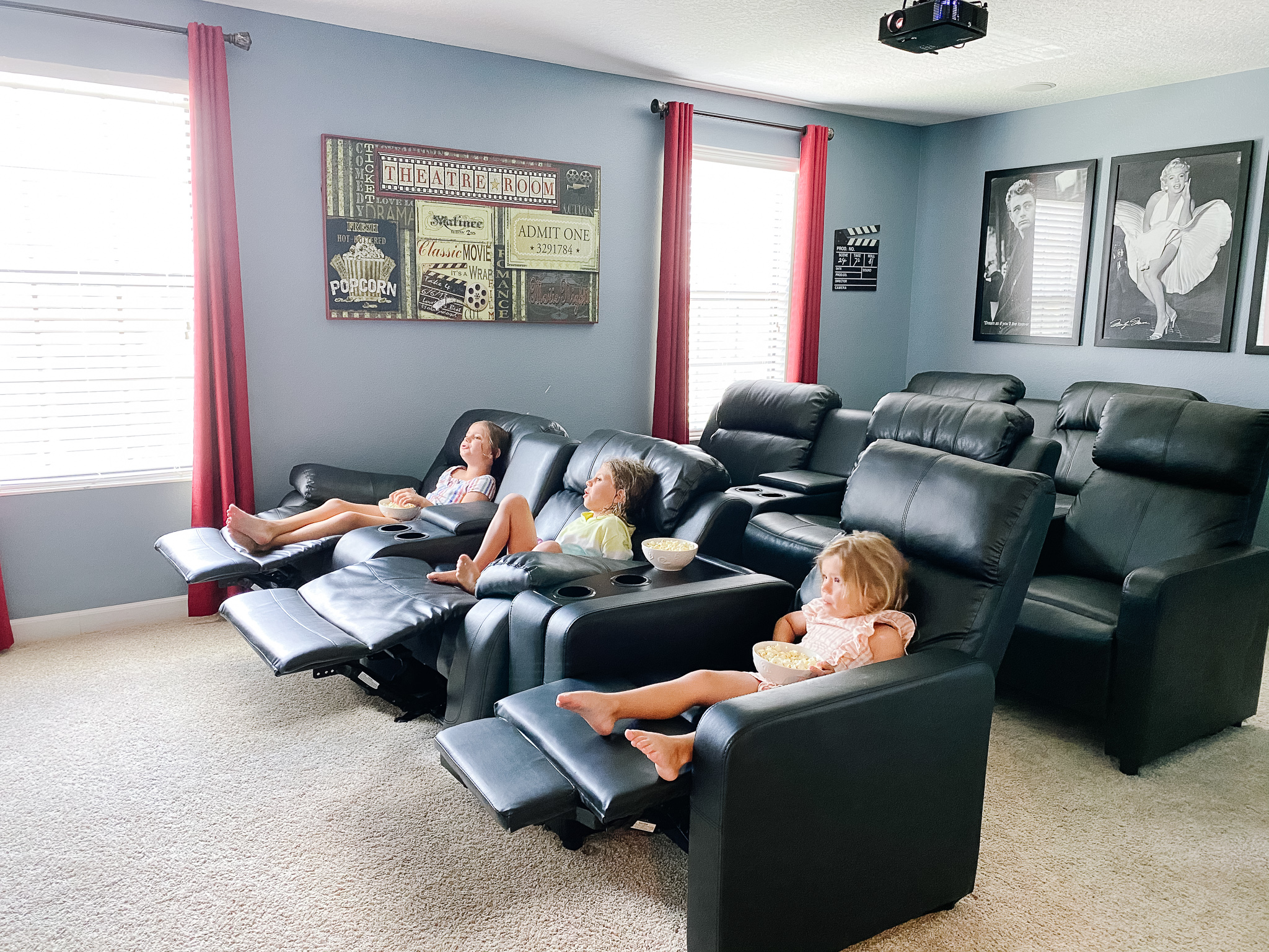 vacation home movie theatre
